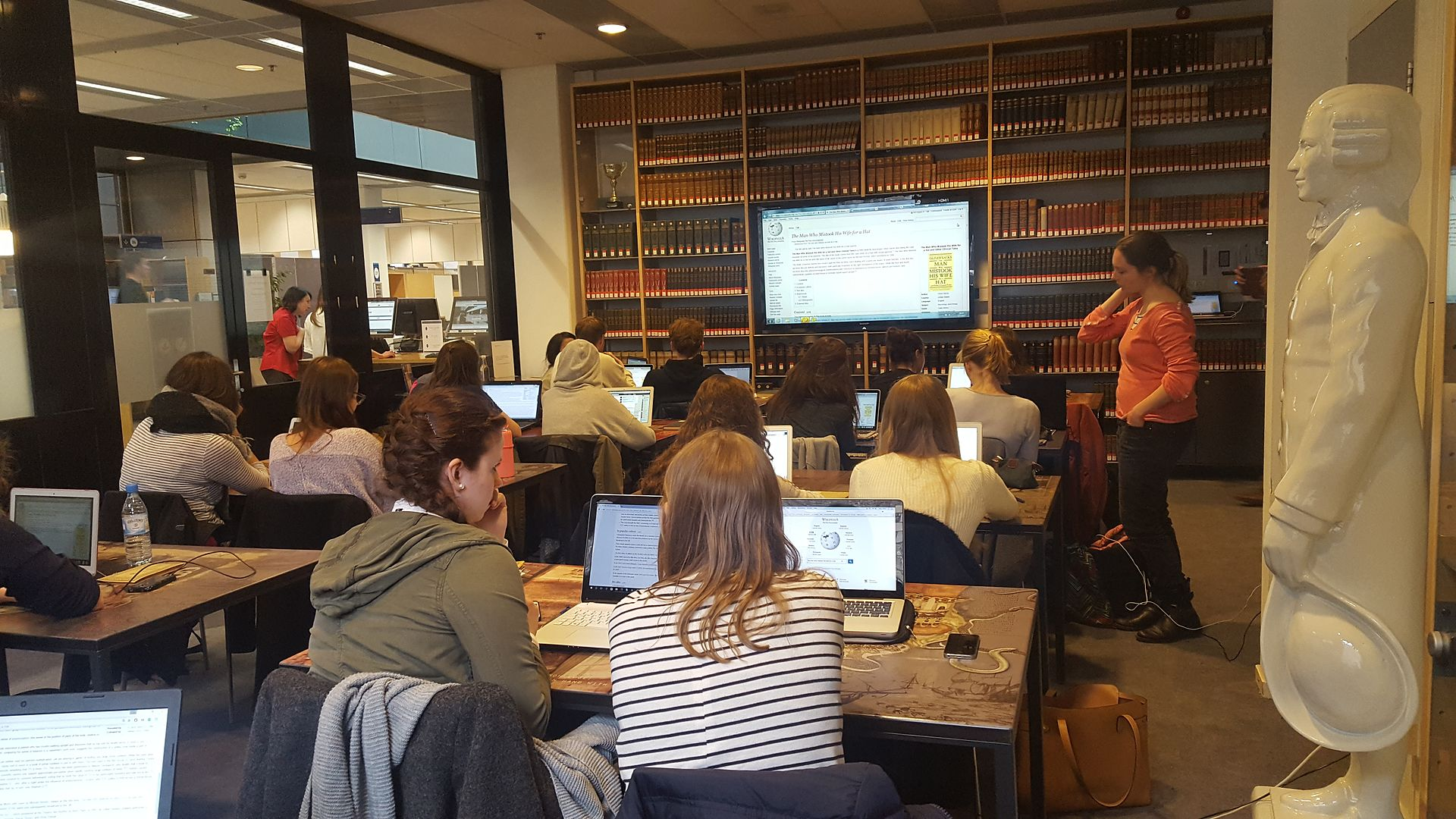 Wikipedia course at Maastricht University, FPN Historical Book Review, 3 May 2017